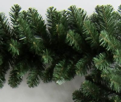 25 Foot x 14 Inch Unlit Artificial Christmas Garland